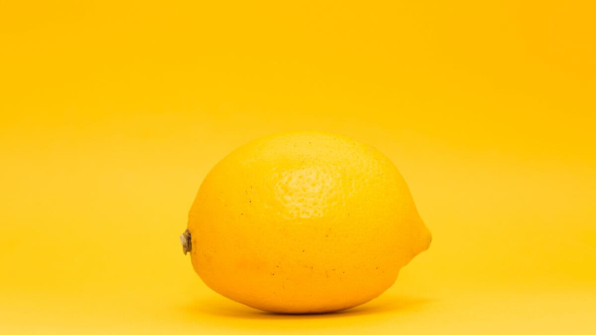 The cleaning power of lemons as natural disinfectants